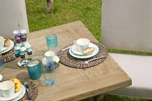Gartenmöbel für kleine Balkone und Terrassen